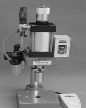 自动送料铆接机的铆合方式及操作步骤