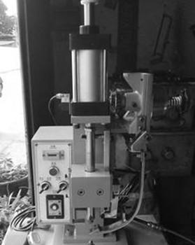 液压铆接机中的液压系统优势明显