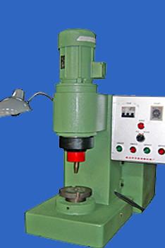 厂家告诉大家优质的油压铆接机有哪些特点?
