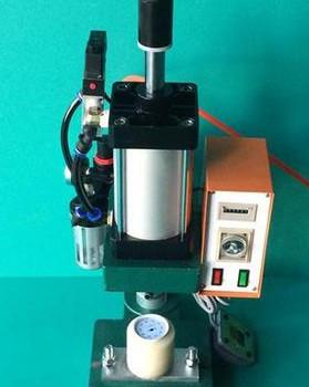 为何液压铆接机采用远程无压卸荷呢?