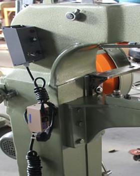 新买液压铆接机的调式步骤