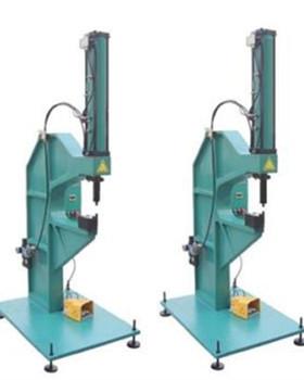 怎么选择气压铆接机生产厂家?