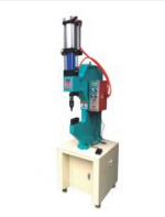 气液增压铆接机的用途与特点