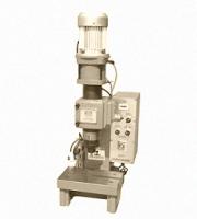 气压铆接机的工作原理